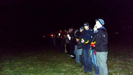 Bild: Lichterkette gegen Rechts auf dem Buckenberg
