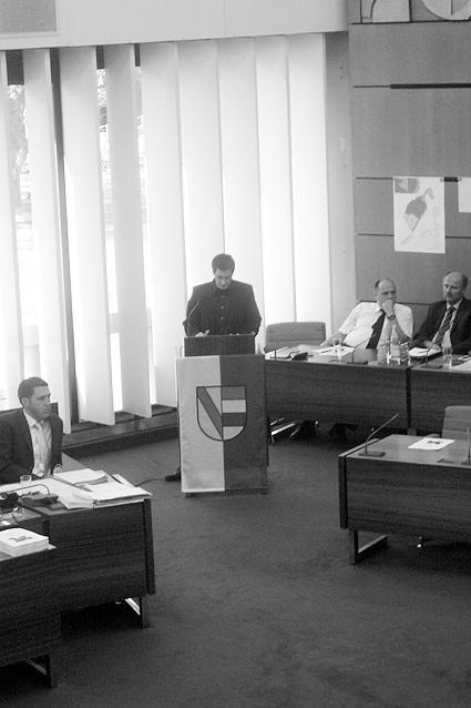 Bild: Stadtrat Christoph Weisenbacher als letzter Redner...