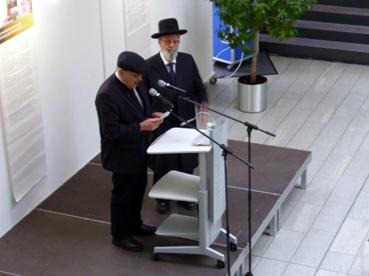 Bild: v.l. : Pfarrer i.R. Hand Ade, Rabbiner Michael Bar Levi