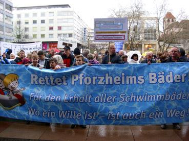 Bild: Bürgerprotest gegen negative Rathausentscheidung