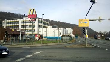 Bild: Linxens macht zum Jahresende zu - Firmengebäude in Niefern-Vorort