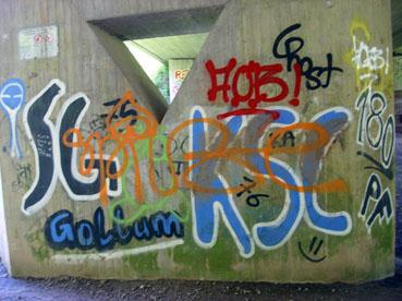 Bild: Graffitiversuche enden hier leider oft in Schmiererei ..