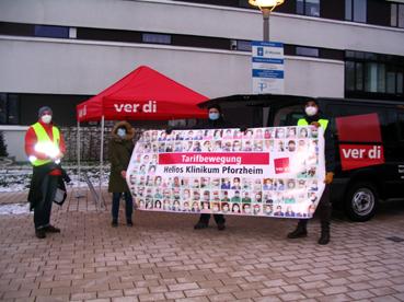 Bild: Streik für einen besseren Haustarifvertrag vor dem Helios-Klinikum Pforzheim (Foto: Ron)