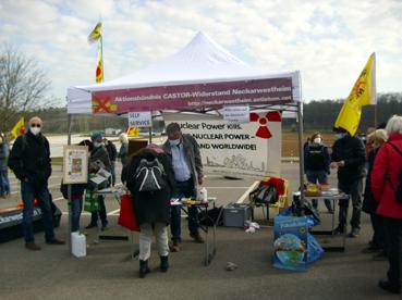 Bild: Atomkraftgegner demonstrieren am 7. März 2021  vor dem AKW Neckarwestheim gegen den Weiterbetrieb (Foto: Ron)