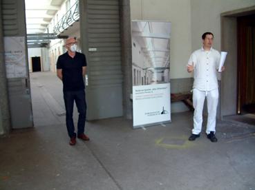 Bild: v.l.: Hanz Göz. Architekt, Christof Weisenbacher, Gewerbekultur e.G. (Foto: ron)