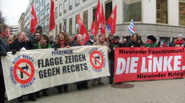 Bild: Flagge zeigen gegen Rechts...