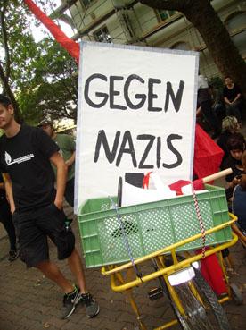 Bild: Verschiedene Gruppen demonstrierten am Samstag den 26.4. gegen Naziaktivitäten in der Goldstadt
