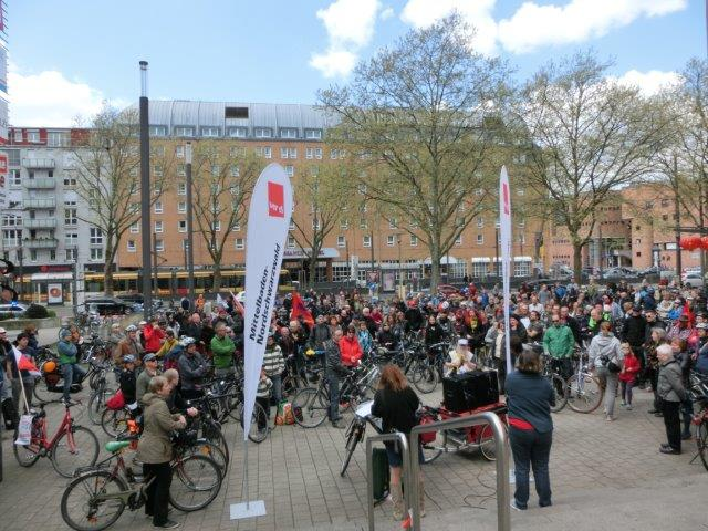 Bild: Erfolgreicher TTiP-Aktionstag in Karlsruhe